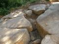 Particolare delle lastre di pietra sulla Piramide del Sole