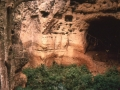 Grotta nella gravina di Mottola