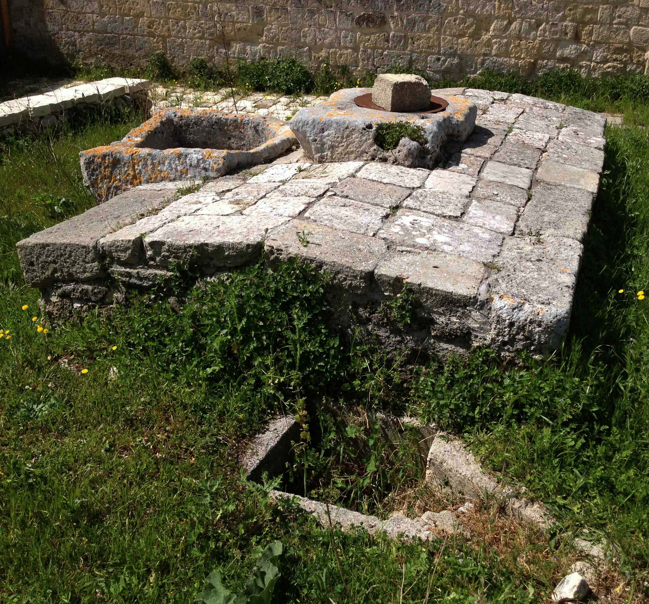 Puglia - Cisterna a tetto
