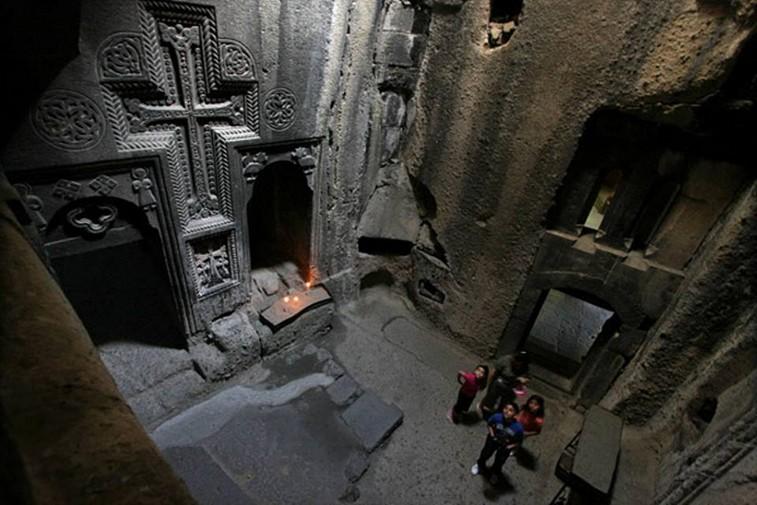 Interno del San Gherard (foto di Armenia Art e Architecture)