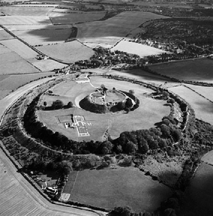 Sito preistorico di Old Sarum ( Gran Bretagna)