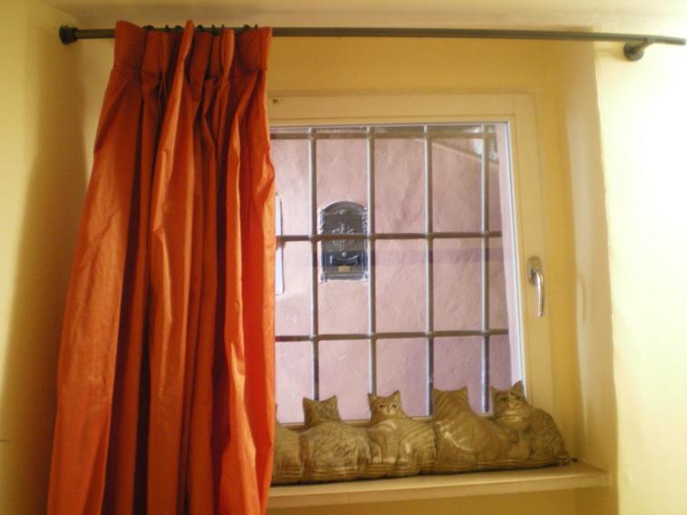 particolare della finestra del soggiorno