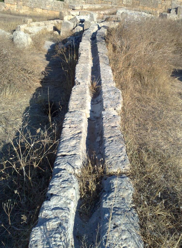 Canaletta per l'acqua a Selinunte