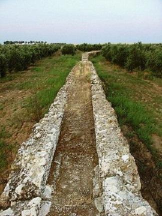 Parte di acquedotto romano in Spagna