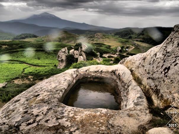 ORANTE - la vasca più grande con canaletta di scolo