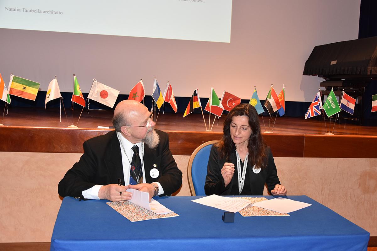 Firma del Memorandum dott. Paolo Del Bianco, arch. Natalia Tarabella