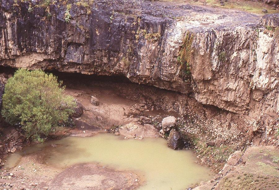 Raccolta di acqua negli impluvi (Yemen)