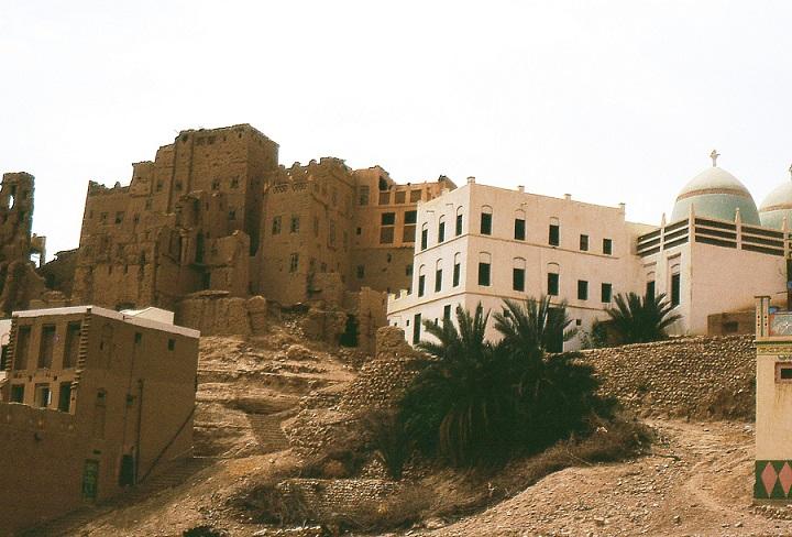 Abitazioni in terra cruda nella valle dell'Hadramaut (Yemen)