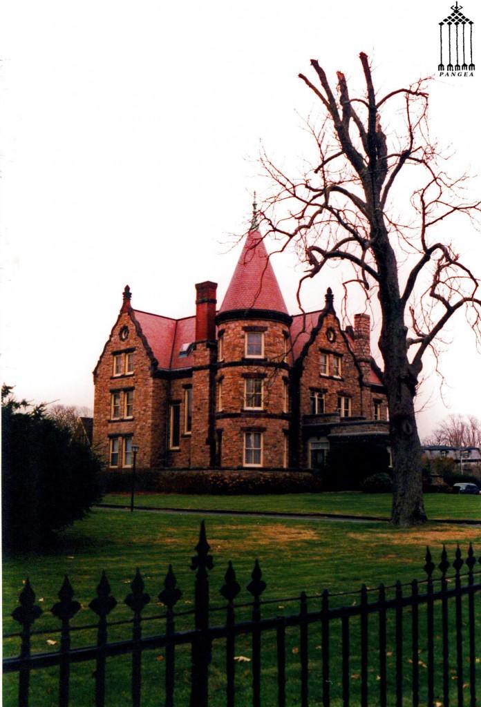 Villa in pietra a Newport (RI - Stati Uniti)