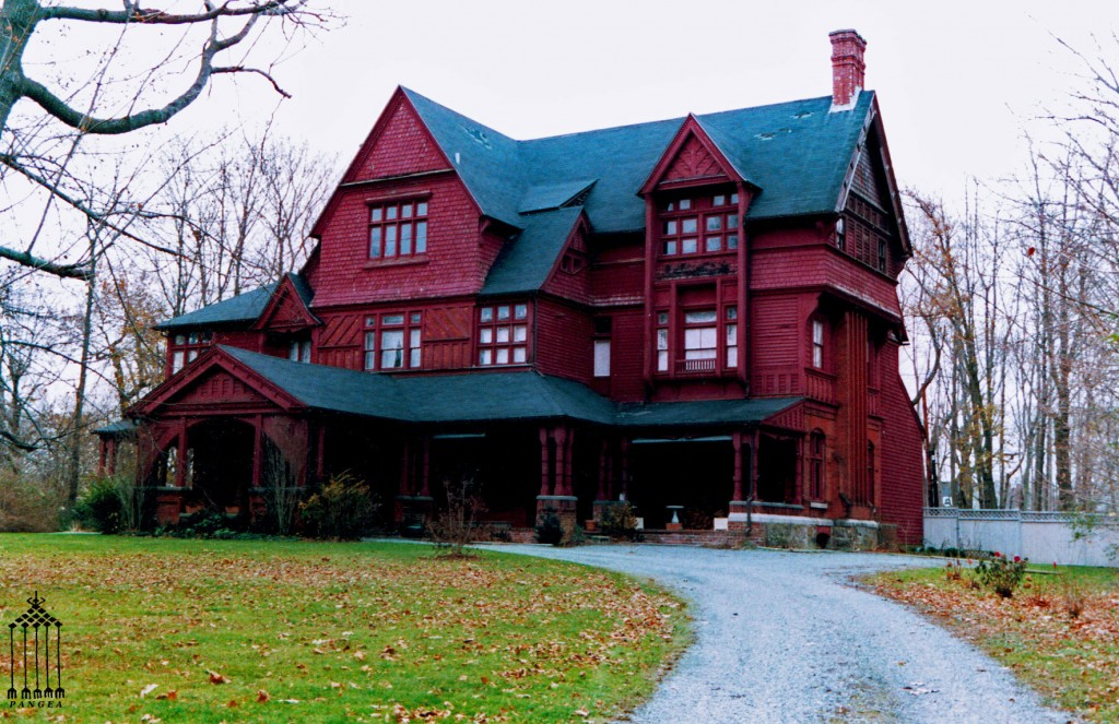 Villa tradizionale con parco a Newport (RI - Stati Uniti)