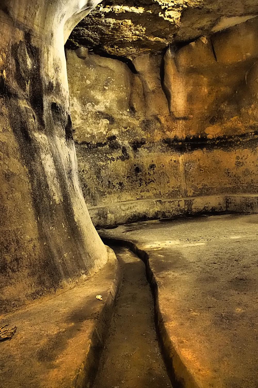 Siracusa (Sicily) Underground channels
